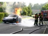 2012 Porsche 911 Cabriolet prototype catches fire, 600, 07.07.2011 / inf