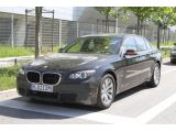 2012 BMW 7-Series facelift spy photo - 29.6.2011 / SB-Medien