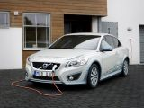 foto-galeri-2012-volvo-c30-with-series-connected-range-extender-6181.htm