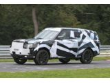 2013 Range Rover spied on the ring 18.08.2011 / Copyright SB-Medien