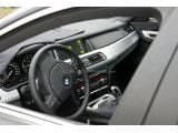 2012 BMW 7-Series facelifted spied police stop  / Copyright SB-Medien