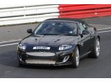 2013 Jaguar XE mule spied on the ring / Copyright SB-Medien