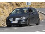 foto-galeri-2013-mercedes-benz-b-class-amg-first-spy-photos-autoscoop-biz-7203.htm