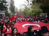 Kılıçdaroğlu Eskişehir'de Cumhuriyet yürüyüşüne katıldı!