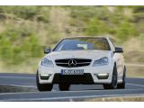 foto-galeri-fifth-gear-tests-the-audi-rs5-mercedes-c63-amg-coupe-7744.htm
