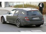 foto-galeri-2013-mercedes-c63-amg-wagon-black-series-spied-8155.htm