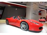 Ferrari 458 Spider smiles for the camera