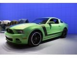foto-galeri-2013-ford-mustang-boss-302-gotta-have-it-green-8915.htm