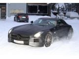 foto-galeri-2013-mercedes-sls-amg-black-series-spied-near-the-arctic-circle-9038.htm