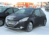 foto-galeri-2013-peugeot-208-gti-spied-in-the-snow-9519.htm