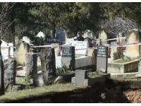 Mezarlıktaki dev çukur dehşete düşürdü