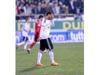 foto-galeri-gobegi-eritemeyen-futbolcular-9693.htm