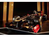 Raikkonen & Grosjean unveil Lotus E20 F1 racecar