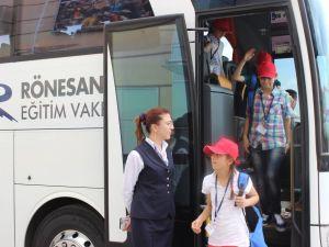 Rönesans Eğitim Vakfı, Samsun-Asarcık Yibo Öğrencilerini Ankarada Ağırladı