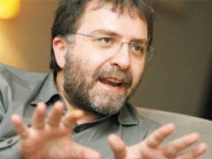 Ahmet Hakan: Davutoğlu'nun Hitabeti Bahçeli ve Kılıçdaroğlu'nu Sollar