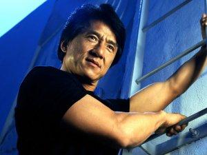 Jackie Chan'ın Oğlu Pekin'de Uyuşturucudan Tutuklandı