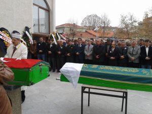 MHP Yenice İl Genel Meclis Üyesi Toprağa Verildi