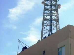 Telekom İl Müdürlüğü Binasının Çatısı Onarılıyor