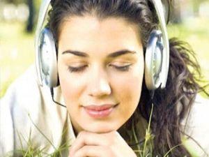 Fazla Müzik Dinleyenler Dikkat