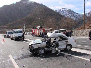 Gümüşhanede Trafik Kazası: 3 Ölü