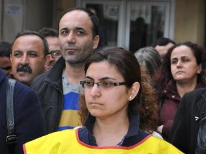 Sopalı Nöbete Tepki Gösteren Öğretmene Kınama Cezası