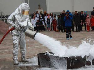 Burdur Alpaslan Kolejinde Yapılan Yangın Tatbikatı Tam Not Aldı