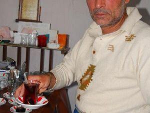Çay Ocağı İşletmecisi 30 Yerinden Bıçaklanarak Öldürüldü