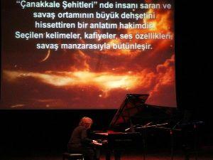 Tuluyhan Uğurludan Mehmet Akif Ersoy Resitali
