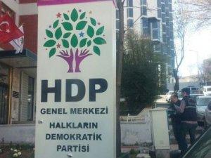 Davutoğlu: Saldırgan, Geçtiğimiz Yıllarda DHKP-C'den Tutuklanan Bir Terörist