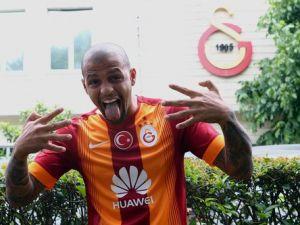 Galatasaraylı Felipe Melo'dan Ayrılık Sinyali