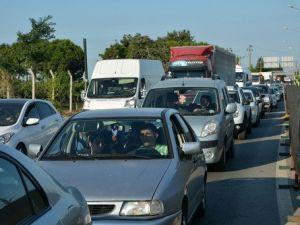 Yalovada Trafik Yoğunluğu Arttı