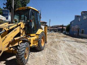 MHP İl Başkanı: Uşak Belediyesi Erken Seçim Düşüncesiyle Şehri Şantiyeye Çevirdi