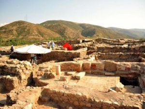 Antik Kentte Bulunan Pirnç Tanesi Tarihe Işık Tuttu