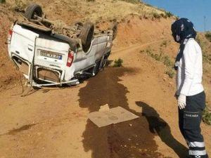 Bingölde Minibüs Şarampole Devrildi: 2 Ölü, 8 Yaralı