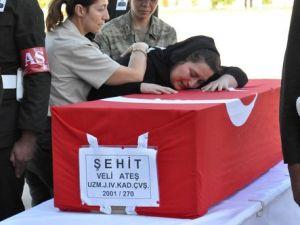 Bingölde Şehit Düşen Asker Memleketine Uğurlandı
