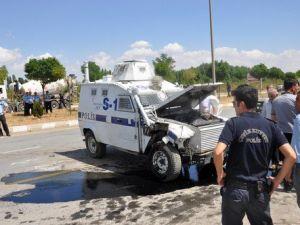 Zırhlı Araç, Pikaba Çarptı: 2si Polis 4 Yaralı