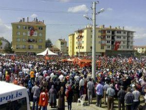 Polis Şapkası Takarak, Şehitlerini Son Yolculuğuna Uğurladılar