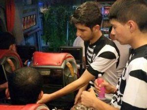 Beşiktaş Taraftarlarından Şekerli Kardeşlik Mesajı