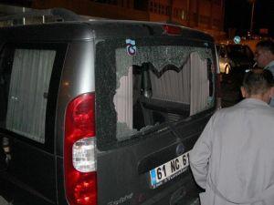 Tunceli-Erzincan Yolunu Kesen Teröristler Sivillere Ateş Açtı