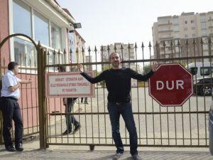 Velilerden Okul Baskınına Tepki: Bu Eğitim Yuvaları Hepimizin