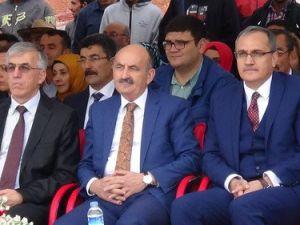 Bakan Müezzinoğlu: Lafla Milliyetçilik Olmaz