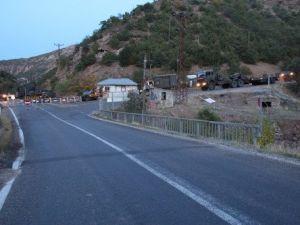 PKKnın Mezarlıktaki Yapıları Yıkıldı