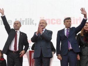 Kılıçdaroğlu, Ardahanda Yağmur Altında Konuştu