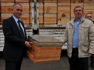 Arı Üreticilerine 402 Adet Kovan Dağıtıldı