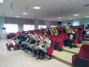 Öğrencilere Sınav Kaygısı ve Baş Etme Yöntemleri Semineri Verildi