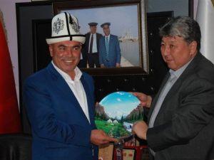 Kırgızlar Karaisalıyı Beğendi
