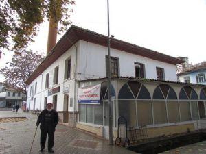 Boyabat Beyazıt Camii İbadete Kapatıldı