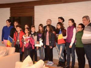 Romanyalı Öğrencilerden Başkan Baysana Ziyaret