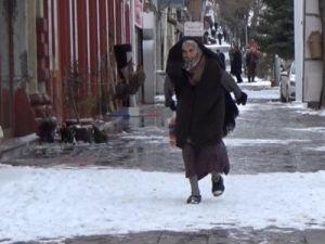 Kar, Soğuk Havayı da Beraberinde Getirdi