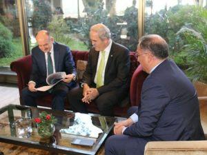 Başkan Salman Sağlık Bakanından Yalovaya Hastane İstedi